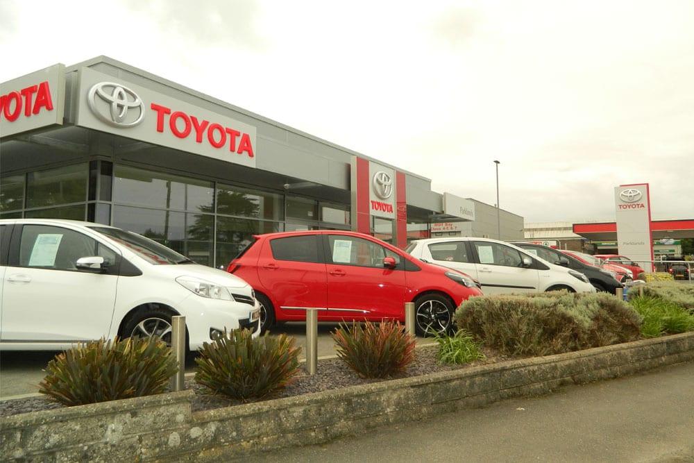 Parklands Toyota Dealership, Helston exterior
